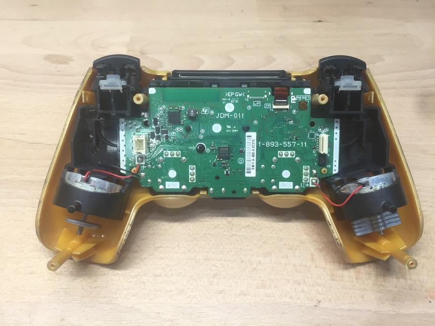 Naprawa DualShock 4