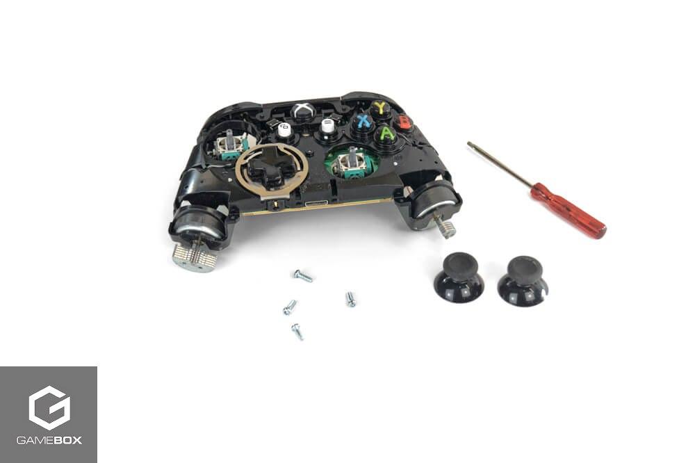 Środek kontrolera Xbox One