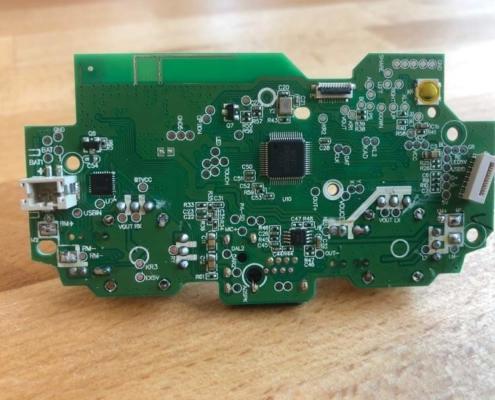 tył chińskiej płytki ładowania DS4