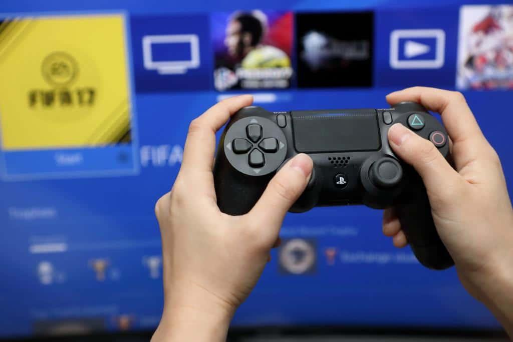aplikacje na PS4